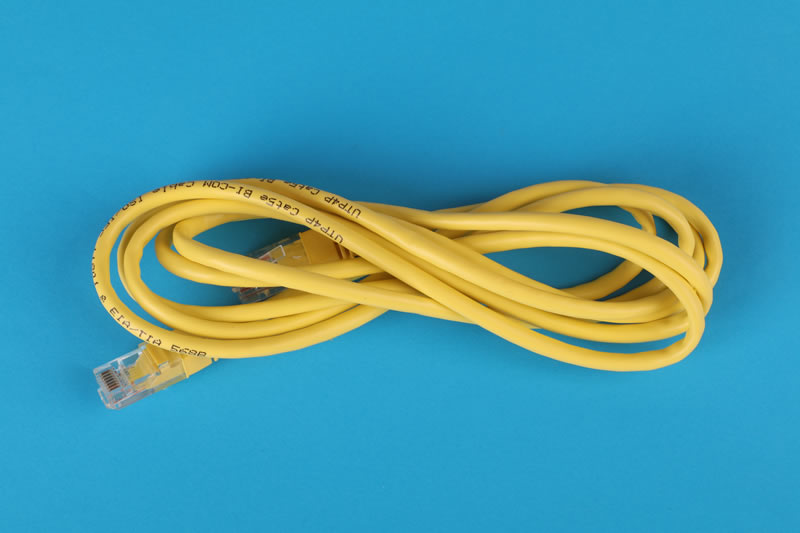 yellow-cable-3541555